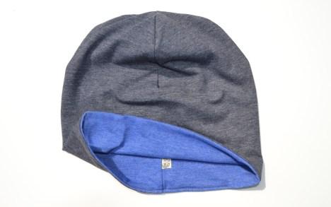 kepurė pilkai mėlyna