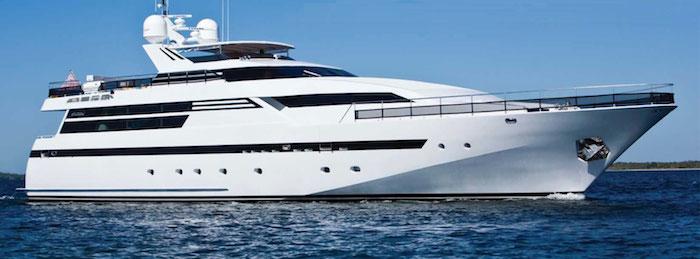 Esterel_105_naples_yacht_charter