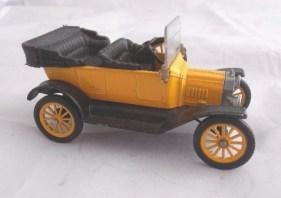 '15 Ford T (NGM-V713Y)