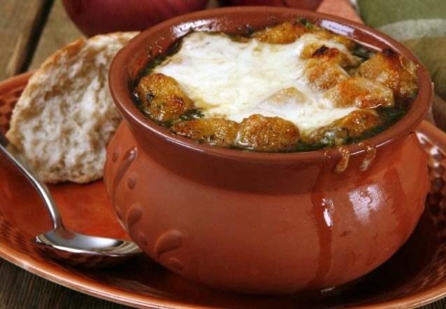 Французскй луковый суп.
