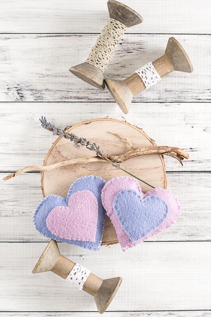 DIY Felt Heart Hand Warmers