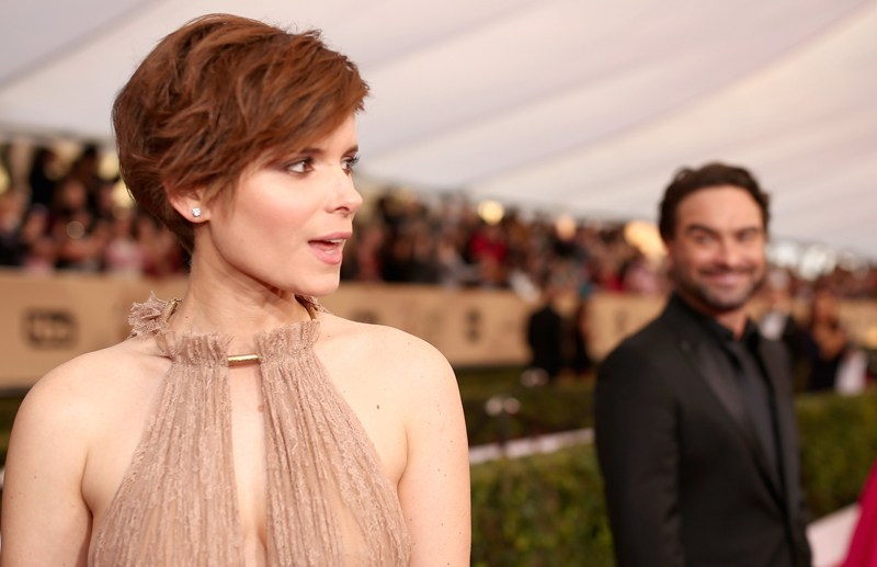 LOS ANGELES, CA - JANUARY 30: Actors Kate Mara (L) and Johnny Galecki attend The 22nd Annual Screen Actors Guild Awards at The Shrine Auditorium on January 30, 2016 in Los Angeles, California. 25650_018  (Photo by Christopher Polk/Getty Images for Turner)