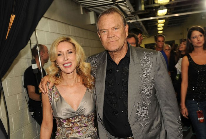 2012 CMT Music Awards – Audience And Backstage