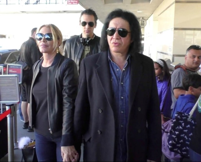 gene-simmons-shannon-tweed-and-nick-simmons