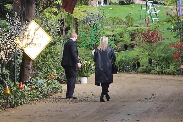 Meryl Streep Arrives for Fisher/Reynolds Memorial Services