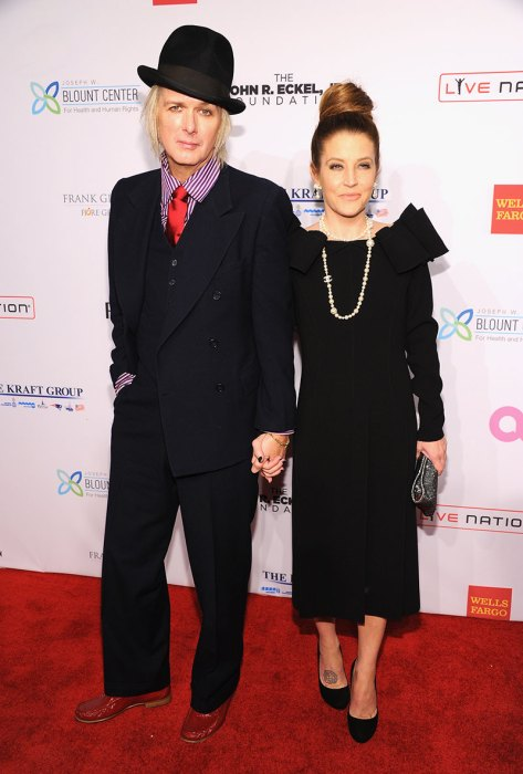 Elton John AIDS Foundation's 12th Annual An Enduring Vision Benefit – Arrivals