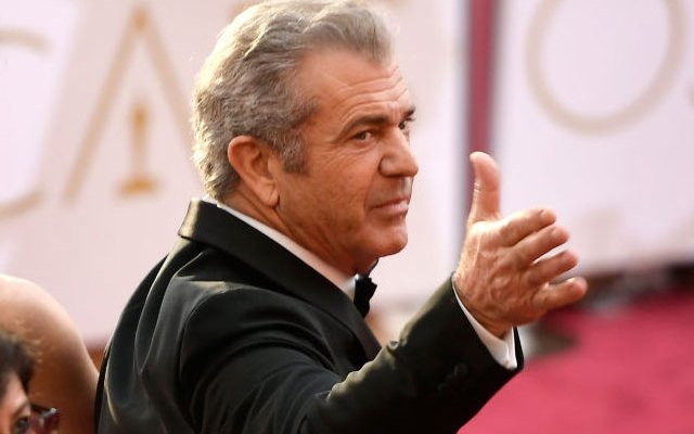 mel gibson aids holocaust survivors