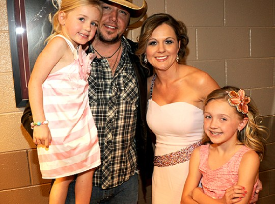 Jason Aldean And Wife 2015