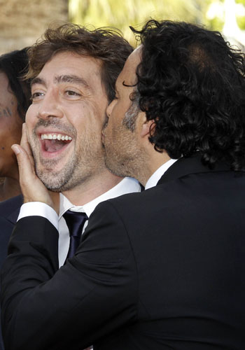Javier Bardem and Alejandro Gonzalez at the premiere of <i>Biutiful</i>