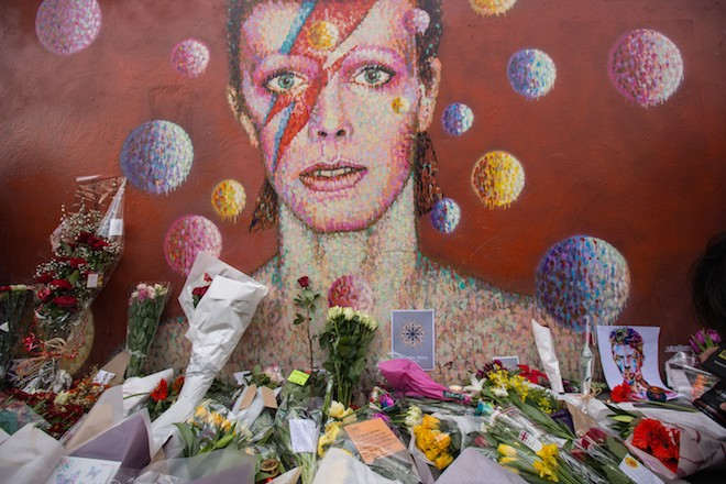 David Bowie: Shocking Secrets The Rocker Took To His Grave!
