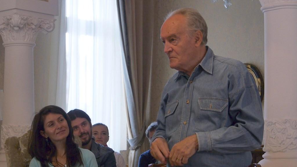 Acad. Prof. Dr. Adrian Restian