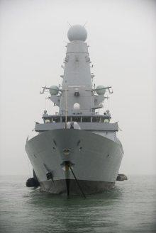 hms-daring-em-portsmouth-2-foto-royal-navy