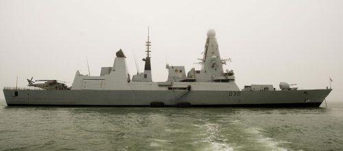 hms-daring-em-portsmouth-foto-royal-navy