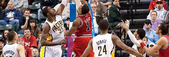 Roy-Hibbert-vs-Derrick-Rose
