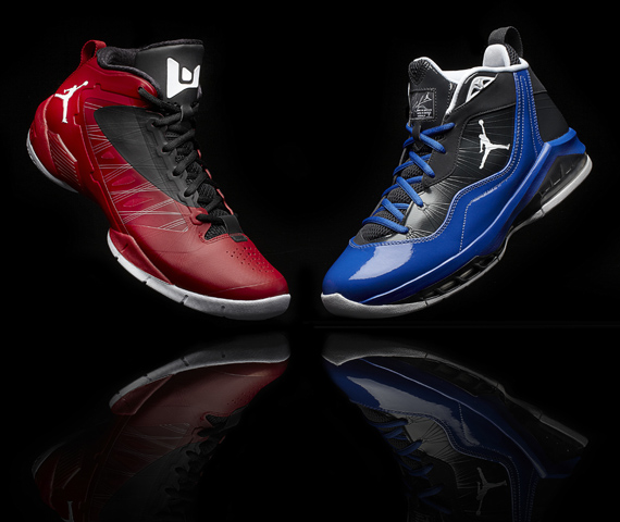 Jordan_2012_Playoff_Shoes_MeloVwade_redblu__10364