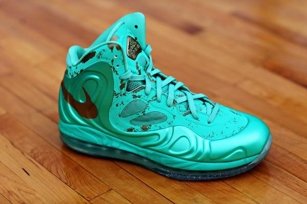 Nike Hyperposite Statue of Liberty 1