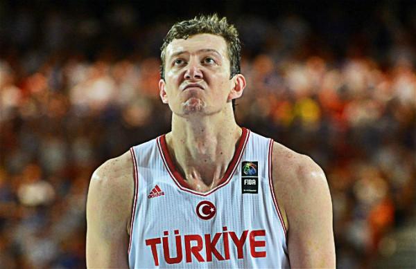Omer Asik VS FIN
