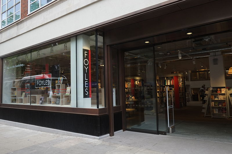 Foyles_new_shop_entrance