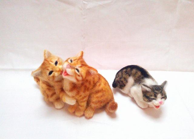 【猫ネタ】え、この猫って本物!?羊毛フェルトで作られたリアル過ぎる猫人形 – 佐藤法雪【猫科】生徒作品展 -
