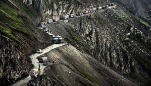 These roads are so scary that they can give a nightmare to even the most experienced driver!!!