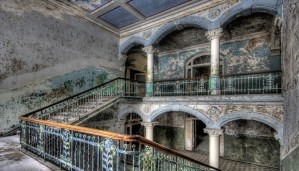 These are the 10 Ghostly Abandoned Place of the World!