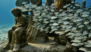 Top 10 Underwater Places you would love to visit