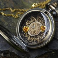 steampunk_golden_locket_by_hiddendemon_666-d6gtpjv