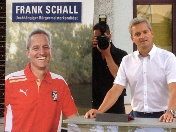 Frank Schall - Original und Abbild in Neuschloß.