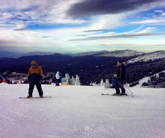 Never Ending Honeymoon | Daniel snowboarding in Kopaonik, Serbia