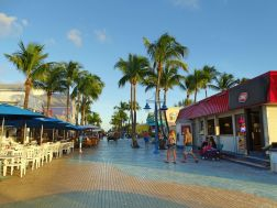 Times Square, Fort Myers Beach