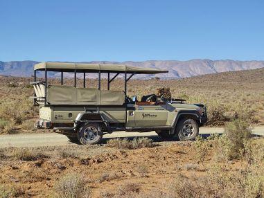 Wir verlassen den sicheren Jeep