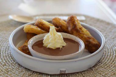 Churros mit Schokoladensoße