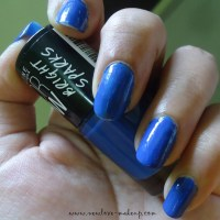 Maybelline ColorShow Bright Sparks Blazing Blue NOTD