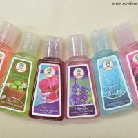 BloomsBerry Hand Sanitizers, Nail Polish Removers Review