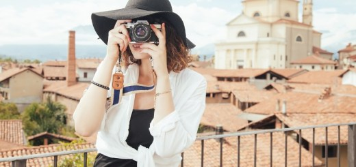 woman traveling_New_Love_Times