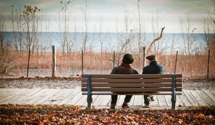 couple talking_New_Love_Times