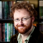 Ben McKenzie beard and books (9326)