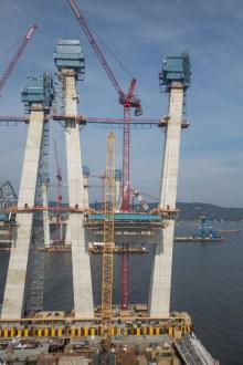 July 22, 2016 - The iconic main span towers continue to rise with the assistance of the project's blue jump forms and red tower cranes.