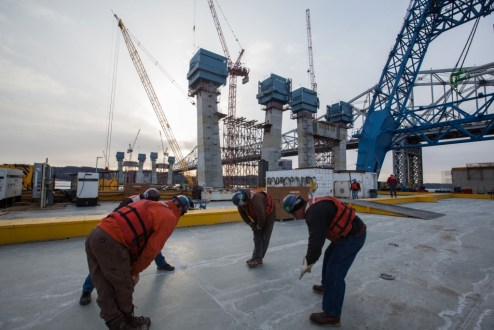 March 6, 2016 - Crew members stretch and prepare themselves for another productive day on the New NY Bridge project.
