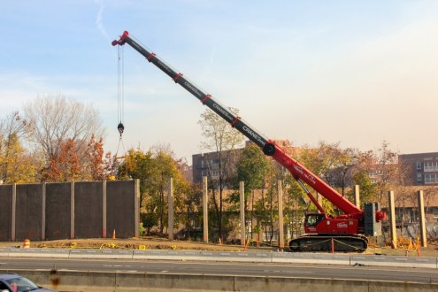 November 2013 - Noise Barrier Removal in Rockland
