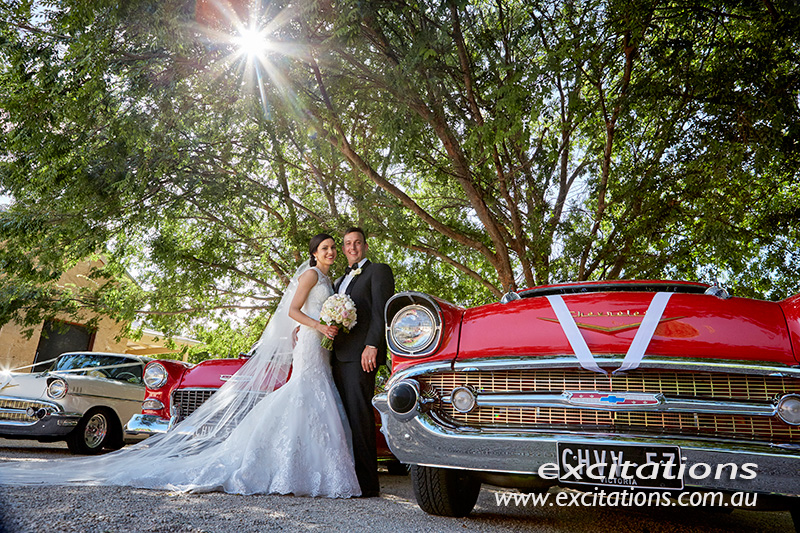 Bridal portrai with wedding cars. Photo by excitations Mildura wedding photographers