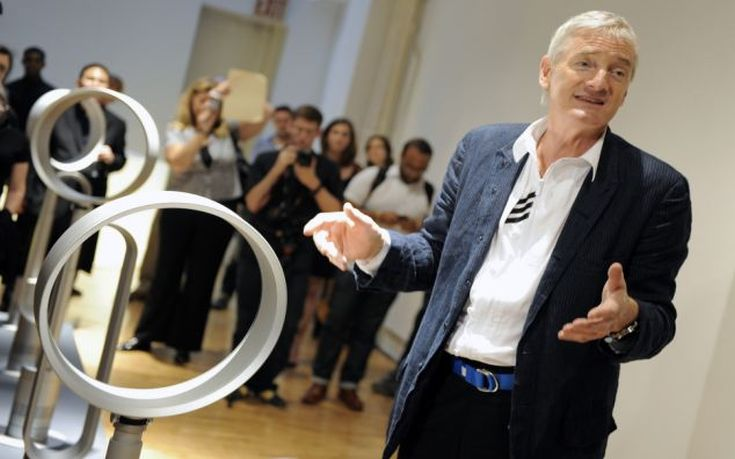 "NEW YORK, USA: Inventor James Dyson unveils his two new ""Air Multiplier"" Tower and Pedestal bladeless fans at SoHo's Pomegranate Gallery in New York City on June 22, 2010.  PHOTOGRAPH BY EPN PRESS / BARCROFT MEDIA  UK Office, London. T +44 845 370 2233 W www.barcroftmedia.com Australasian & Pacific Rim Office, Melbourne. E info@barcroftpacific.com T +613 9510 3188 or +613 9510 0688 W www.barcroftpacific.com Indian Office, Delhi. T +91 997 1133 889 W www.barcroftindia.com"