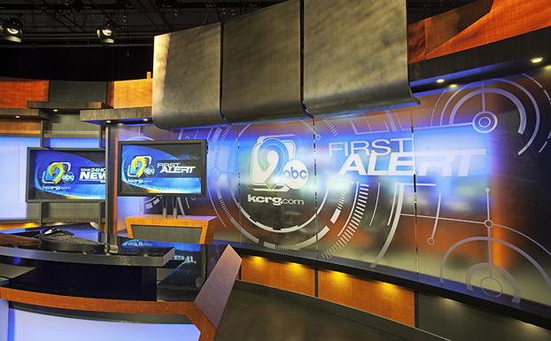 kcrg-news-set-design-11