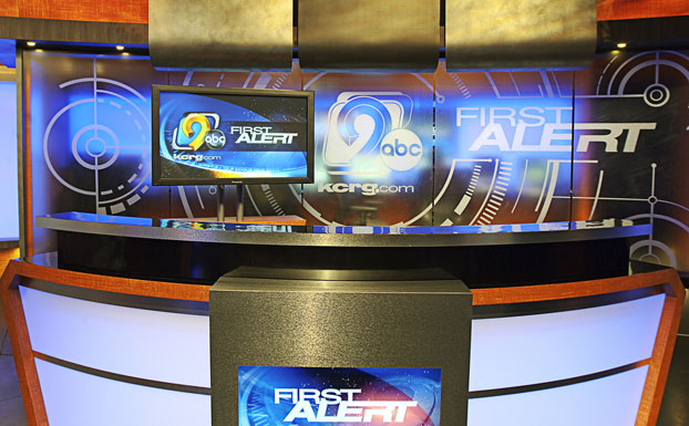 kcrg_news_set_design_01