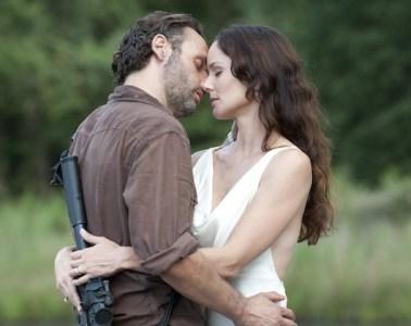 Rick Grimes (Andrew Lincoln) and Lori Grimes (Sarah Wayne Callies) -