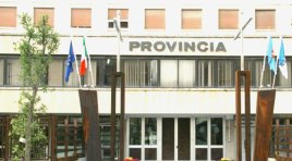 Isernia: la Provincia mette in vendita 21 automezzi e 2 spargitori di sale. Asta pubblica con ben 23 lotti.