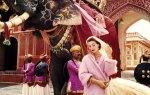 Anne-Gunning-in-Jaipur-by-Norman-Parkinson