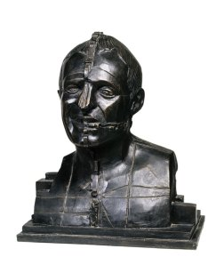 Richard Rogers, 1988, Bronze, Courtesy Scottish National Gallery of Modern Art, © Trustees of the Paolozzi Foundation.