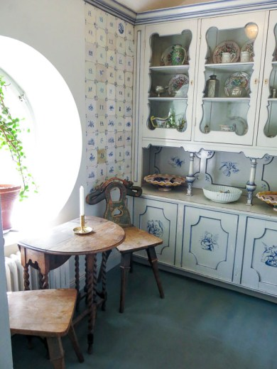 In the Milles summerhouse