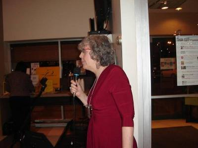 N. J. Lindquist telling the story of Hot Apple Cider